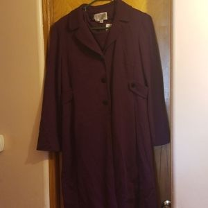 Two-piece dress and jacket set in plum color
